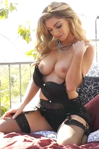 Model Niki Skyler in Black Magic