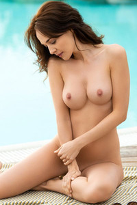 Model Bianka Helen in Poolside Relaxation