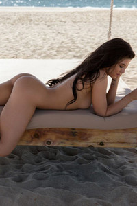 Model Carmen Nikole in Sizzling Sands
